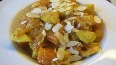 Der Muskatkürbis ist das ideale Herbstessen. Diese Variante mit Mandeln, Apfel und Banane sorgt für einen neuen und exotischen Touch. Unbedingt ausprobieren!