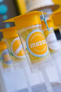 I love these graduation caps on these dessert push pops