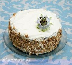 LATSIAKONYHÁJA: SZÜLINAPRA - KOLIBRI TORTA Vanilla Cake, Food And Drink, Pie, Pudding, Sweet, Printables, Torte, Candy, Cake