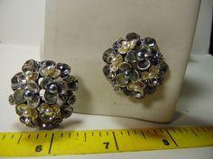 cufflinks Silvery gray and silver flowers with tiny faux pearls in center #carolslist