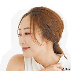おでこ美人 神崎恵さん流 おでこが素敵に見えるヘアアレンジ baila 神崎恵 スタイリスト ヘア