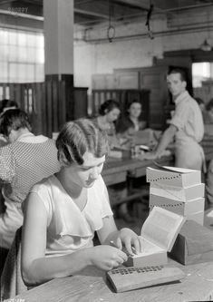 A to Z: 1933.  Alphabet tabbing books.  what a job