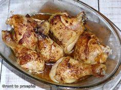 Klasyczny kurczak w naczyniu żaroodpornym
