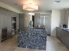 Wählen Sie für ein zeitgemäßes Design den erstklassigen Marinace Nero Granit und gestalten Sie Ihre Küche schlicht und dezent.  http://www.granit-deutschland.net/Marinace_Nero-granit-Marinace_Nero