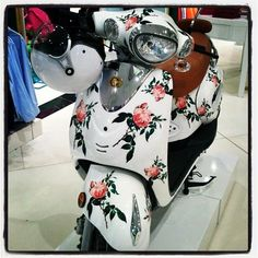 Moped for the romantic. Rose design.