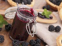 Jam Recipes, Canning Recipes, Good Food, Yummy Food, Food Inspiration, Chutney, Smoothie, Delish, Berries