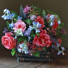 The Real Flower Company Glorious Scented Summer Border Bouquet  Bouquethttp://www.realflowers.co.uk/bouquet-collection/british-bouquet-collection/the-real-flower-company-glorious-scented-summer-border-bouquet.html