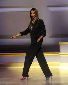 Cette semaine, Into The Chic revient sur la carrière fulgurante d'Iman. L'un des tops models les plus influents de sa génération.