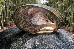 Ben van Berkel of UNStudio has unveiled the Ellipsicoon, a digitally developed pavilion woven from recyclable high-density polyethylene. Pavilion Architecture, Landscape Architecture, Architecture Design, Architecture Magazines, Building Architecture, Architecture Artists, Parametric Architecture, Innovative Architecture, Chinese Architecture
