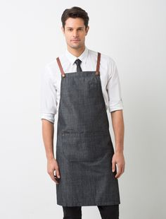 The Henry Bib Apron in Charcoal is a darker version of the original mocha and pebble colour ways. It is a versatile apron that can be effortlessly coordinated with a wide colour range to personalise your staff look, and is ideal for both retail and hospitality environments. This lightweight fabric has a mildly-grainy vintage look that adds to its appeal, and you can customise your apron by selecting from our range of colourful 'Mix It Up' straps. Also available in Pebble, and Mocha, as a…