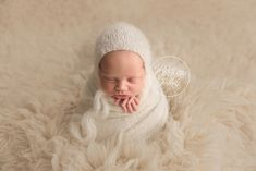 Newborn Baby Photos | Baby Photography | Newborn Baby Photos | Cleveland's Best Baby Photographer | Brittany Gidley Photography | www.brittanygidleyphotography.com
