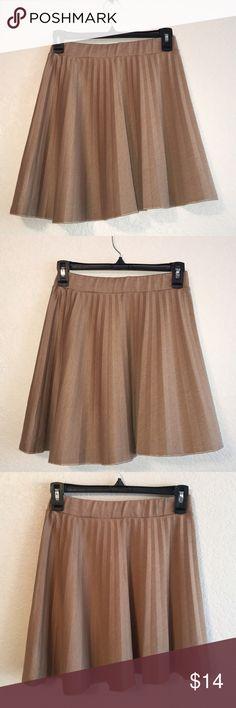 Catch My I. Tan Pleated Skirt 💛 Catch My I. Tan Pleated Skirt 💛 catch my i Skirts Midi