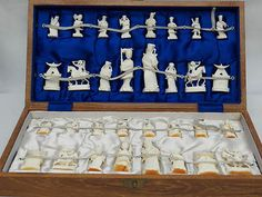 "Rare Antique 1900's Chinese Ox Bone IVORY Chess Set 4"" Kings Playing Board Case"