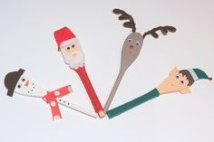 Festive Wooden Spoon Puppets #Christmas #puppets #KidsCraft