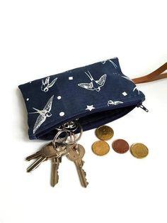 Bekijk dit items in mijn Etsy shop https://www.etsy.com/nl/listing/600666099/portemonnee-voor-je-muntgeld-sleutels