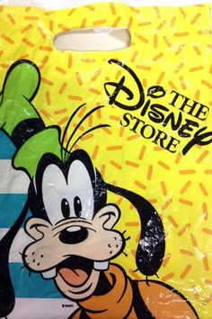 "These Disney Store bags (which you actually saved and reused): 50 Things That'll Make Kids Say, ""Oh, I Completely Forgot About That"" 90s Childhood, My Childhood Memories, School Memories, Sweet Memories, Morning Cartoon, Back In My Day, 90s Cartoons, 90s Nostalgia, 80s Kids"