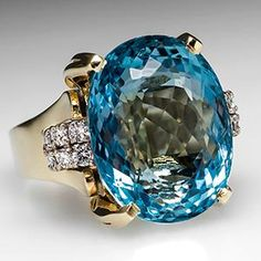 AQUAMARINE COCKTAIL RING 27 CARATS IN 14K GOLD