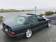 Mercedes 190E 2.6