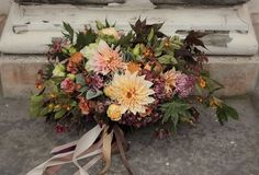 Late October bridal bouquet - totally gorgeous!