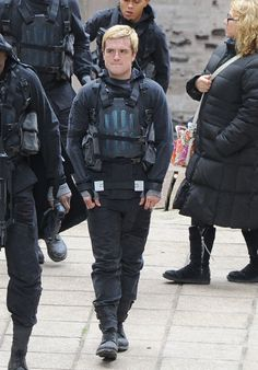 Josh Hutcherson as Peeta Mellark - Mockingjay Hunger Games Cast, Hunger Games Fandom, Hunger Games Catching Fire, Hunger Games Trilogy, Suzanne Collins, Katniss And Peeta, Katniss Everdeen, Josh Hutcherson, Saga