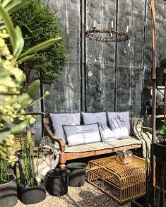 Outdoor Furniture, Outdoor Decor, Bench, Design, Home Decor, Decoration Home, Room Decor, Home Interior Design