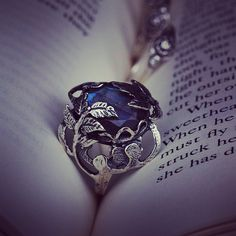 Stories are light, light is precious in world so dark. The Thorn Leaves Ring featuring a large faceted glowing Labradorite gemstone www.regalrose.co.uk #sterlingsilver #ring