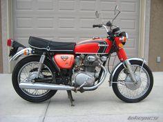 1972 Honda CB this would be fun Honda Scrambler, Cafe Racer Honda, Scrambler Motorcycle, Vintage Honda Motorcycles, Honda Bikes, Honda Cb250, Cb350, Honda Cb Series, Motorcycle Baby