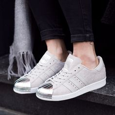 Give a girl the right shoes and she will conquer the world! Adidas Originals, Trainer Boots, Adidas Superstar, Adidas Shoes, Shoe Boots, Footwear, Baskets, Kicks, Heels