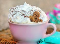Homemade Gingerbread Spice Latte - absolutely making this in the morning!
