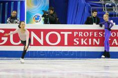 (L to R) Mao Asada (JPN), Elena Radionova (RUS), DECEMBER 4, 2013 - Figure Skating : ISU Grand Prix of Figure Skating Final 2013 Women's Off...