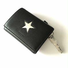 ジバンシイの三つ折り財布