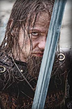 Viking warrior Credit to Kristfríð Tyril Viking Metal, Viking Armor, Viking Age, Medieval Armor, Fantasy Male, Fantasy Warrior, Dark Fantasy, Norwegian Vikings, Viking Series