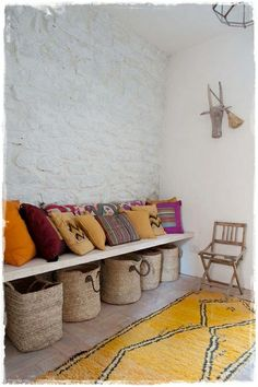 Rustic entrance.. In continuation with the outside!