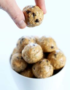 These no bake grain free energy bites are made with healthy, whole food ingredients, but no oats. The perfect on-the-go grain free snack!