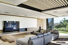 Pearl Valley 334 in South Africa by SAOTA