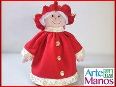 Claus in felt or cloth lency step by step Christmas Stockings, Christmas Ornaments, Goblin, Tea Pots, Dolls, Disney Princess, Holiday Decor, Home Decor, Alonso