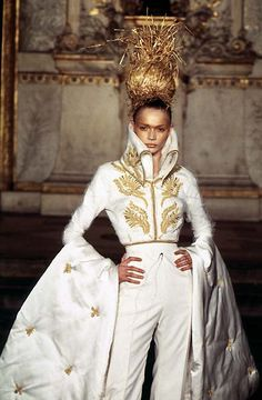 1997 - McQueen 4 Givenchy Couture Show - Jodie Kidd