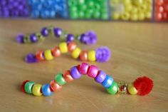 Pet Bead Caterpillars with only 2 craft supplies - beads & pipe cleaners! #kidscrafts