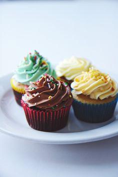vanilla sprinkle, chocolate nutella, salted caramel & red velvet cupcakes