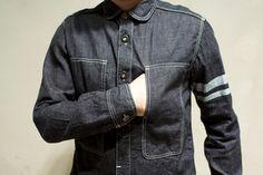 Momotaro denim shirt with battlestripes Asian Men Fashion, Denim Fashion, Guy Fashion, Denim Outfit, Denim Shirt, My Outfit, Momotaro Jeans, Denim Button Up, Button Up Shirts