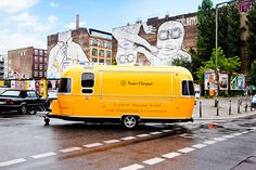 """Berliners! Keep an eye out in the wild for the Veuve Clicquot Rolling Dinner, in town through July 25. The concept is simple: """"Berlin gastronome Cookies and his """"serious eating"""" team from CHIPPS will conjure up the tasty street food treats. A truffle curry wurst and """"Crêpe de la Bastille"""" are just two examples of …"""