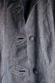 Koos van der Akker. Buttonholes No Tutorial like the appliques and Buttonholes, Inspire Me!!