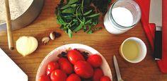 O melhor molho de tomate do mundo leva só 5 ingredientes. E muita paciência