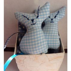 Cute!!! these little lavender cats keeps the moths away ! made by Girl Industries, another cool Glasgow crafter :)
