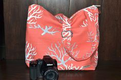 Camera Bag SLR, Ocean Coral / Salmon Coral, grey, white / Dslr Camera purse with removable Padded  Insert / cross body messenger Darby Mack
