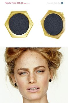 25% OFF Gold and black post earrings Geometric by benamimichal