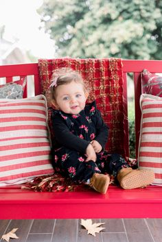 Prepping Little Ones before your Family Photo Shoot - mindybriar.com Family Photo Sessions, Family Photos, Fall Family Outfits, Summer Makeup Looks, Money Shot, Your Family, Lifestyle Photography, Family Photographer, Little Ones