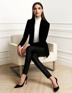 Business Casual Outfits business casual outfits few tips to try for business casual Business Casual Outfits. Here is Business Casual Outfits for you. Business Casual Outfits look casual business mode outfit ideen business kleidung. Business Outfit Frau, Business Outfits Women, Business Suits For Women, Corporate Attire Women, Business Formal Women, Formal Business Attire, Women's Business Clothes, Women's Corporate Fashion, Summer Business Outfits