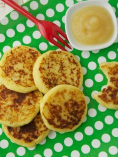 Of all the new recipes I've made recently, these Mashed Potato Cakes are one of the biggest hits in our kitchen. I made them for family dinner, but they were equally perfect in Kenya's lunch box for school the next day. I find most kids love to eat anything they can hold in their little hands, so these little cakes are a special treat. They're delicious served on their own, but when I served them with a side of apple sauce, Kenya the fun of eating them seemed to double for Kenya...