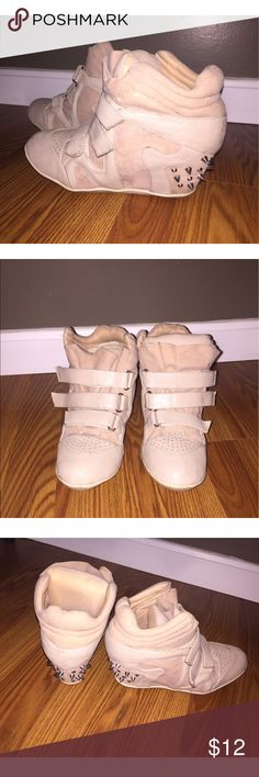 *⚡️SALE* Beige Studded Sneaker Heels Beige Studded Sneaker Heels from Charlotte Russe. No size listed in shoe but believe these are a size 7. A few small stains as shown in first pic. Still in good condition. Charlotte Russe Shoes Sneakers